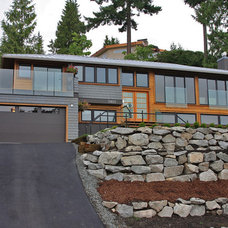 Contemporary Exterior by Blackfish Homes Ltd.