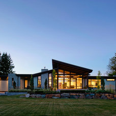 Contemporary Exterior by Revival Arts | Architectural Photography