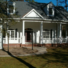 Traditional Exterior by TC Williams, LLC