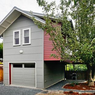 シアトルのコンテンポラリースタイルのおしゃれな家の外観 (コンクリート繊維板サイディング) の写真