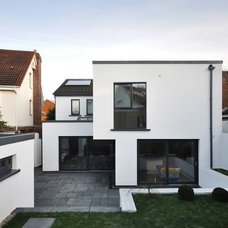 Contemporary Exterior by jharchitecture
