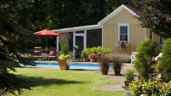 Farm Guest Cottage-Exterior