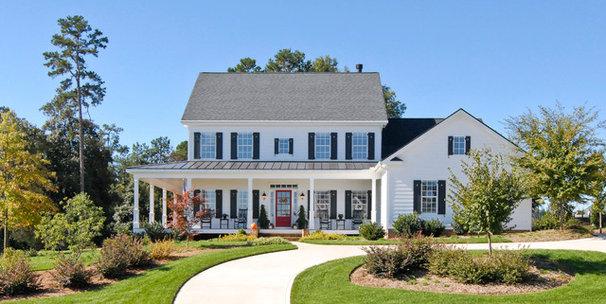 Farmhouse Exterior by Bergeron Custom Homes, LLC