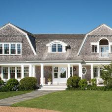 Beach Style Exterior Farmhouse Exterior