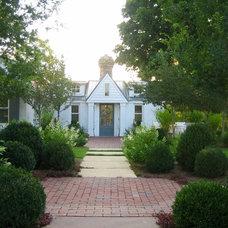 Traditional Exterior by R. Hartley Scott ASLA       Long Hollow Gardens
