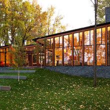 Houzz Tour: A Lakeside Retreat for Modern Living