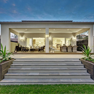 Photo of a contemporary exterior in Melbourne.
