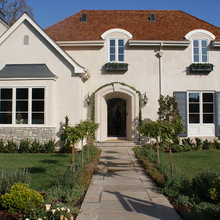 Finishing Touches: A Holiday Tour Of Fine Homes (Atherton, California)