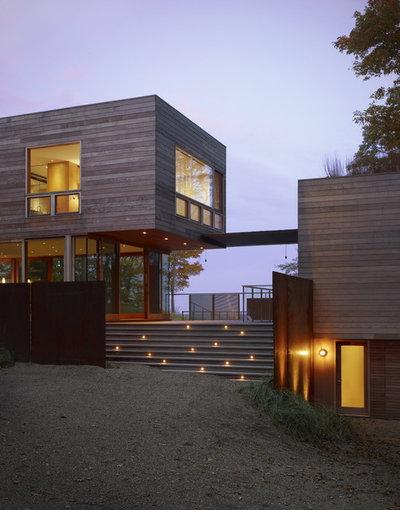 コンテンポラリー 家の外観 by Wheeler Kearns Architects