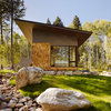 Houzz Tour: Finding the Essential in a Compact Guesthouse