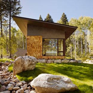 Photo of a small contemporary house exterior in Salt Lake City.
