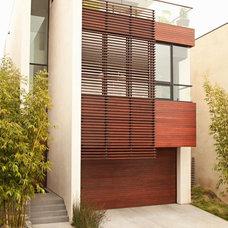 Modern Exterior by Chris Barrett Design