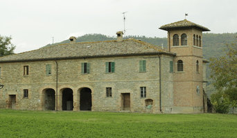 For sale farmhouse in Sant'Angelo in Vado, Le Marche, Italy