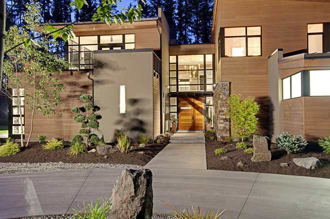 Contemporary Exterior by McClellan Architects