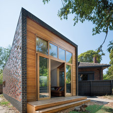 Contemporary Exterior by WoodWoodWard Architecture