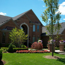 Traditional Exterior by Paul Marcial Landscapes