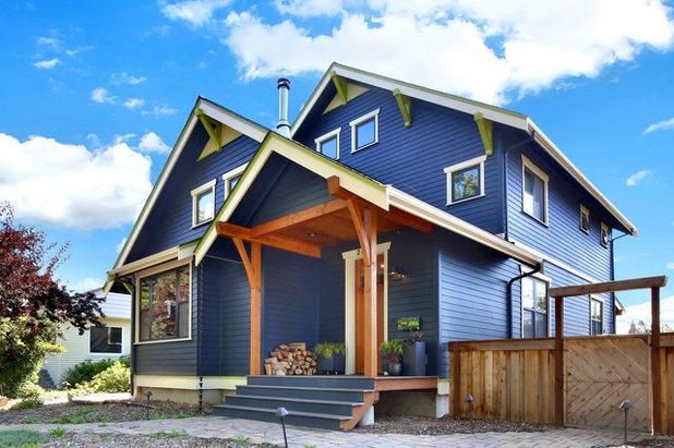 Craftsman Exterior by Bellingham Bay Builders