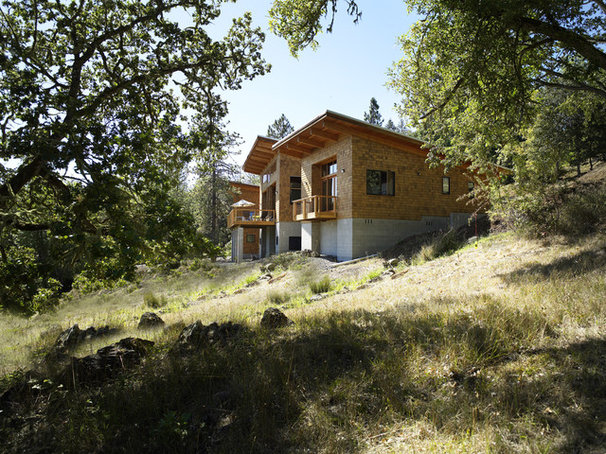 Rustic Exterior by 2fORM Architecture