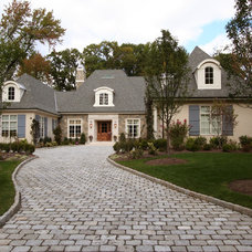 Traditional Exterior by JORDAN ROSENBERG ARCHITECTS & ASSOCIATES