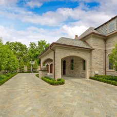 Traditional Exterior by Harold Leidner Landscape Architects