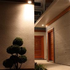 Modern Exterior by STILLWATER residential design + drafting inc.