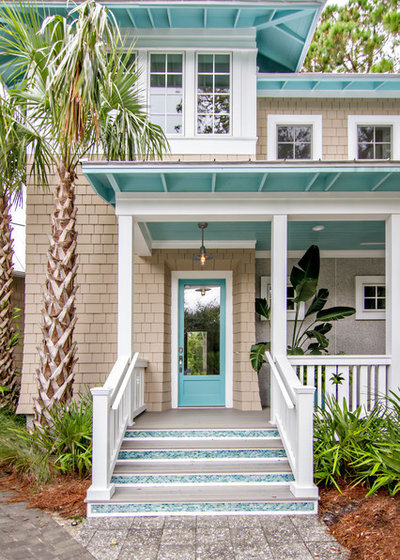 Beach Style Exterior by Glenn Layton Homes