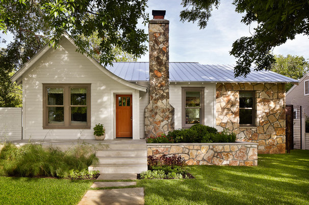 Traditional Exterior by Chioco Design