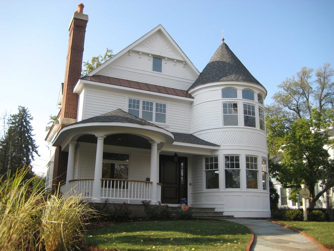 American home styles the queen anne for Traditional american home styles