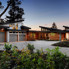 Contemporary Exterior by Hemsworth Master Builders Inc.