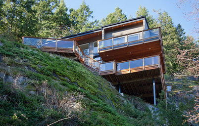 Cliffside Homes Encourage Living on the Edge