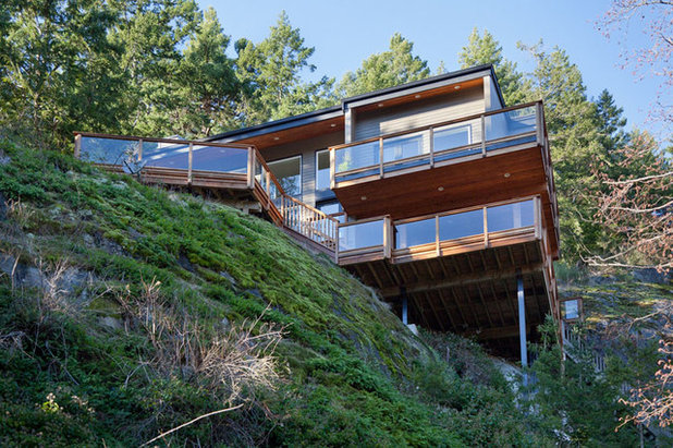 Cliffside Homes Encourage Living on the Edge on dallas home designs, harris home designs, asheville home designs, garner home designs, minecraft cliffside house designs, chapel hill home designs, alexander home designs, texas home designs, hudson home designs, small hillside home designs, mountain home plans and designs, north carolina home designs, little house home designs, minecraft mansion designs, mountainside home plans and designs, best sims 3 house designs, sims 2 house designs,