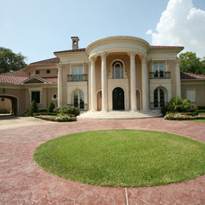 Traditional Exterior by Sims Luxury Builders