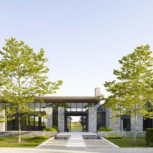 Exempel på ett mycket stort modernt hus