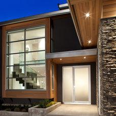 Modern Exterior by Meister Construction Ltd