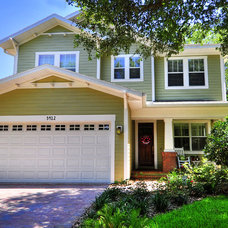 Traditional Exterior by Javic Homes