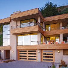 Contemporary Exterior by De Mattei Construction