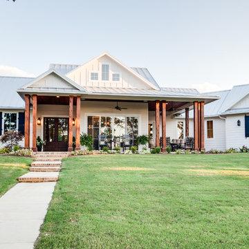 Front Porch Farmhouse