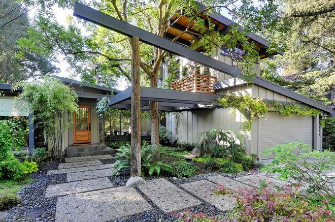 Contemporary Exterior by Merz & Thomas Design/Builders
