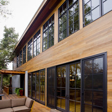 Rustic Exterior by Fulcrum Structural Engineering
