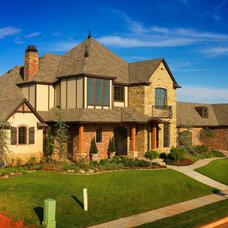 Traditional Exterior by Lindus Construction/Midwest LeafGuard
