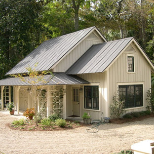 Cottage beige exterior home photo in Atlanta