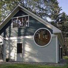 Contemporary Exterior by Daggett Builders, Inc