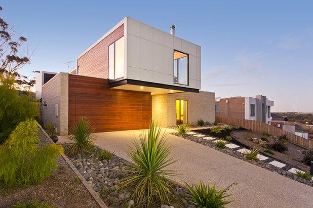 Contemporary Exterior by Austral Masonry