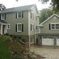 Traditional Exterior by John Linam Jr, Architect, PLLC