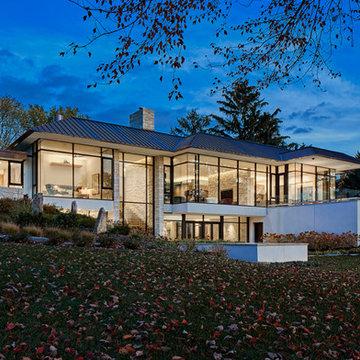 Gilbert Lake Residence