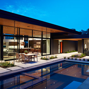 Modern exterior home idea in San Francisco
