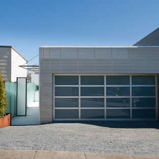 Example of a minimalist exterior home design in San Francisco