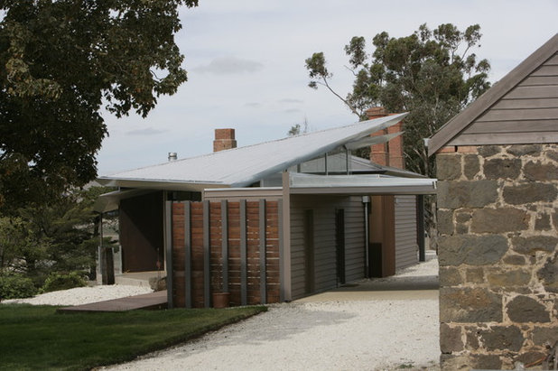 Contemporary Exterior by Centrum Architects