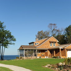 Beach Style Exterior by Cottage Home, Inc.