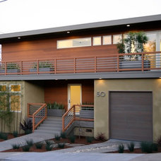 Contemporary Exterior by Heydt Designs